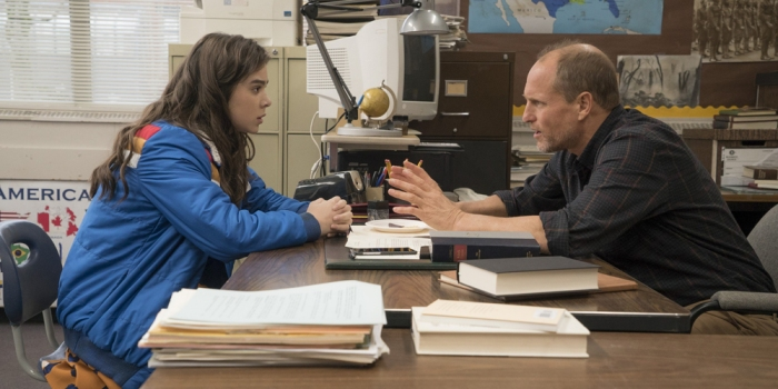 the-edge-of-seventeen-woody-harrelson-hailee-steinfeld